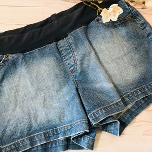 Oh Baby by Motherhood Maternity Jeans Shorts Large